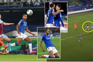 ឡើងជើងសាហាវមែន! Calvert-Lewin ស៊ុតបាន៣គ្រាប់ម្នាក់ឯង ជួយ Everton ទម្លាក់ West Ham នៅពាន League Cup (មានវីដេអូ)