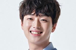 ម្នាក់ទៀតហើយ តារាប្រុស Lee Chan Won របស់ Mister Trot វិជ្ជមានកូវីដ-១៩!